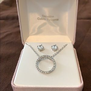 Cubic Zirconia circle necklace/stud earrin…